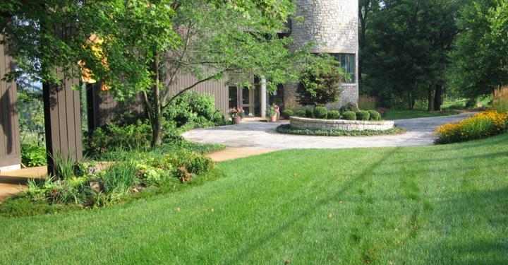Dayton Lawn Care PureLawn Organic Lawncare