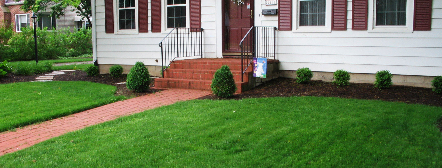 Cincinnati Lawn Care PureLawn Organic Lawncare